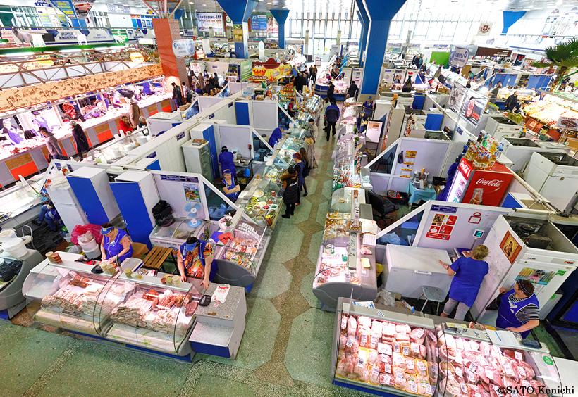中央市場の全景