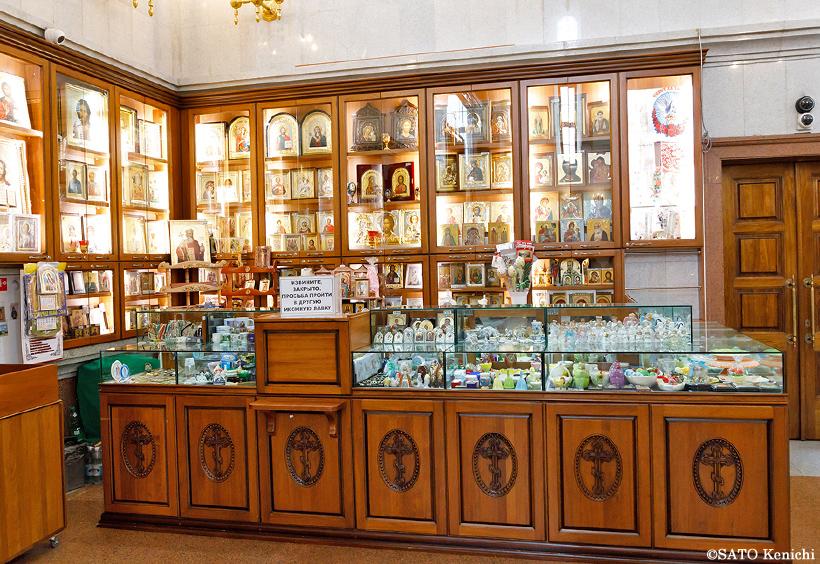 聖堂内の売店