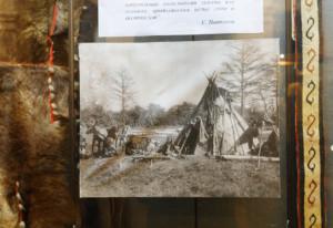 先住民のテント