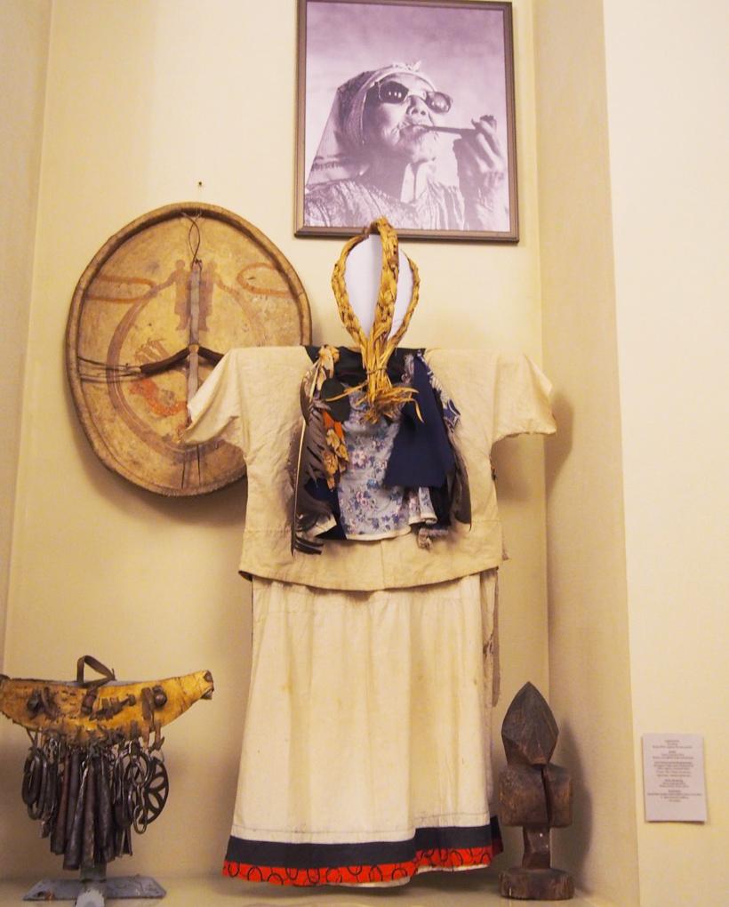 先住民族の衣装