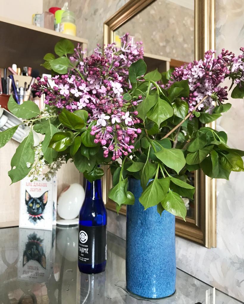 お部屋に飾ったライラックの花
