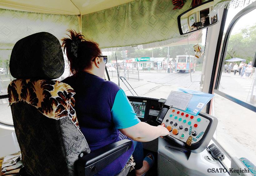 ハバロフスクの路面電車(Трамвай)の車掌さん