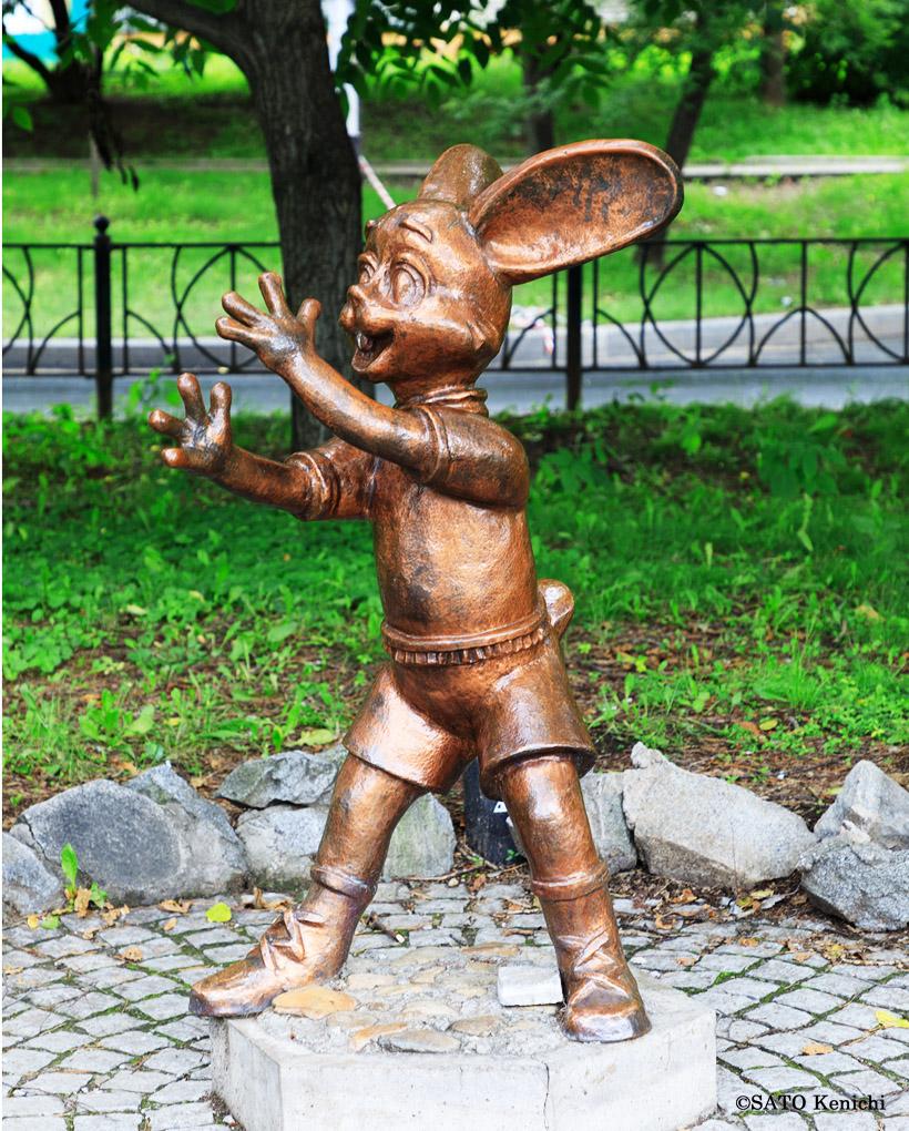「ヌー パガジー!」のウサギ