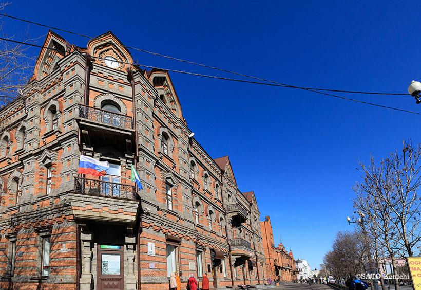 ソ連時代の構成主義様式などの歴史的な建築も多く残っています