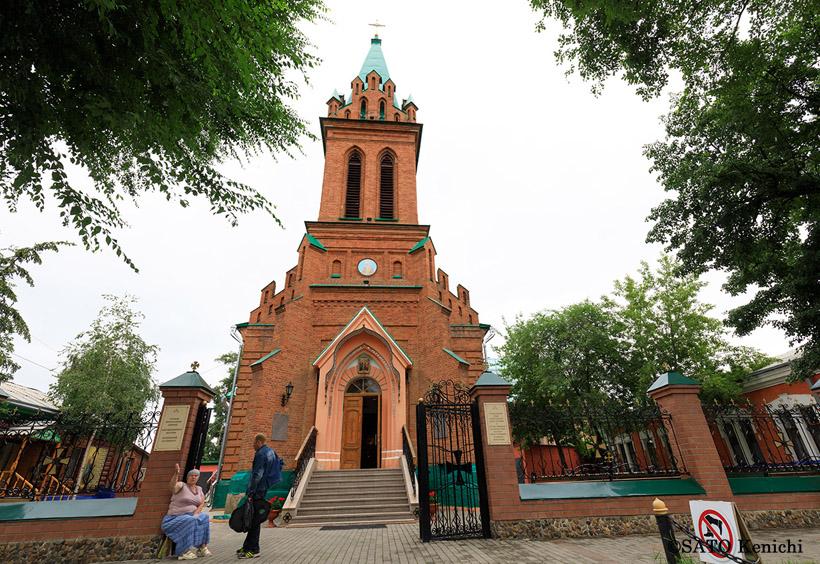 町にはロシア正教会がいくつもあります