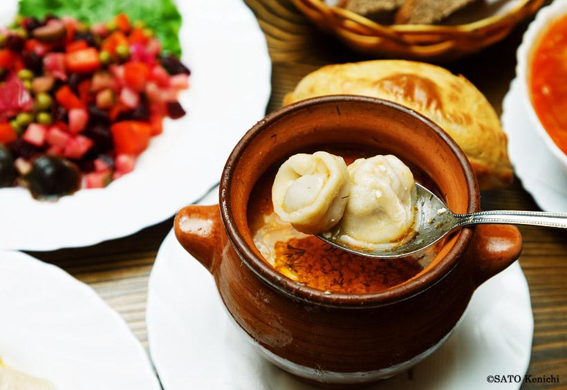 アムール風スープ入りペリメニ(ロシア風水餃子)