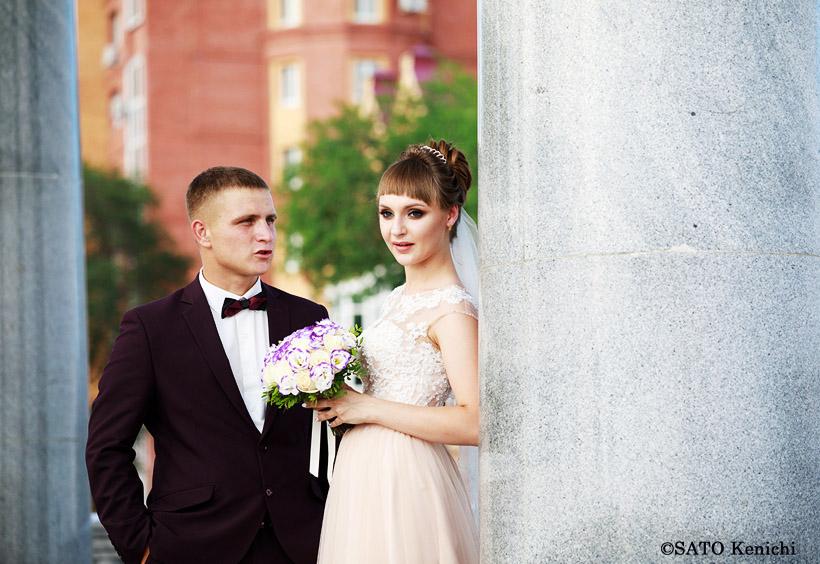 記念撮影に興じるカップルは美男美女でした