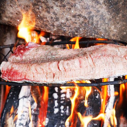 ナナイ人の伝統料理「タラ」
