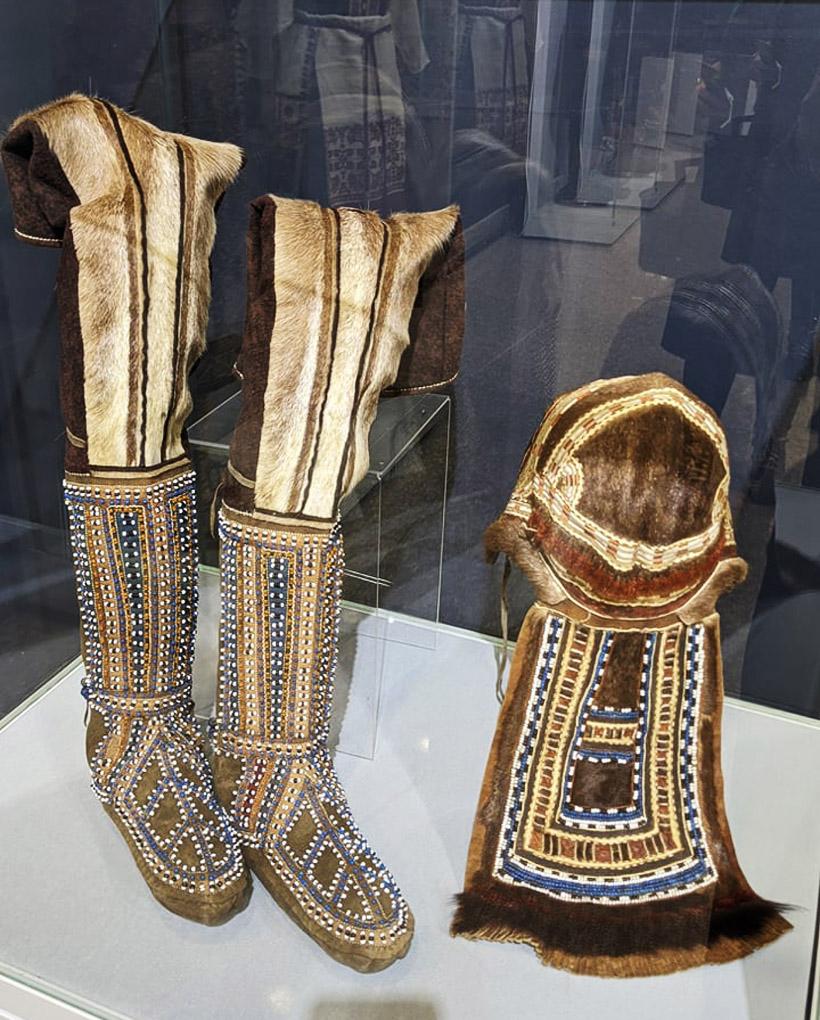 北方の先住民族の衣装