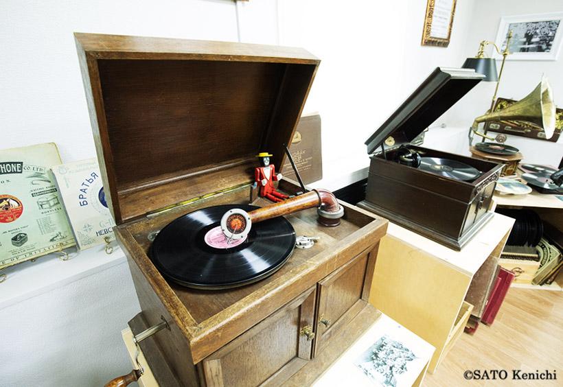レトロな蓄音機やオーディオ機器を見てみよう