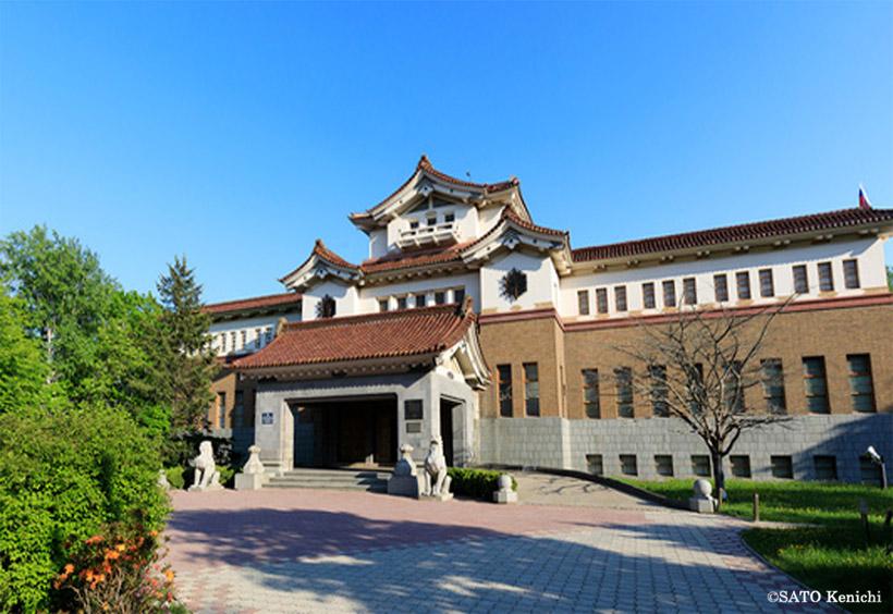 博物館の威風堂々とした建物は、昭和12年に樺太庁博物館として建てられたもの