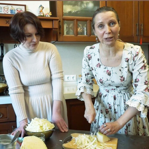 5月8日(土)ロシア家庭料理オンライン教室「ピロシキづくり」