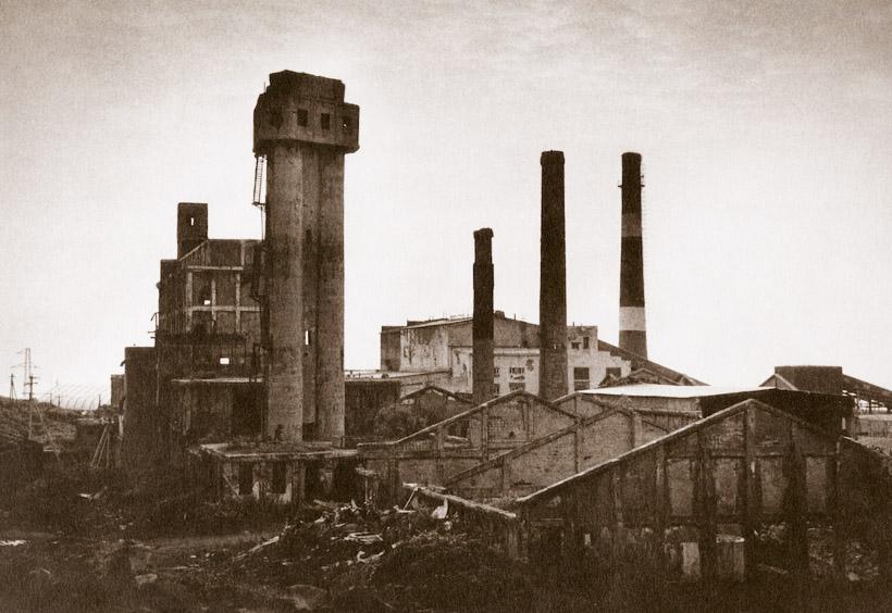 サハリンの旧王子製紙工場廃墟