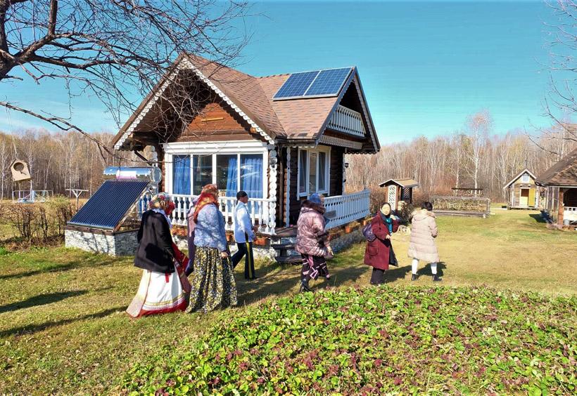 コサックの生活文化を楽しみながら体験できるコテージがあります