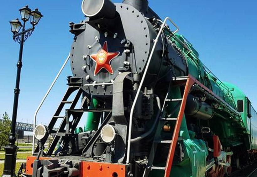 展示されている蒸気機関車や客車の内部も見学できます