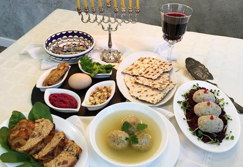 このツアーでは、ユダヤ料理のランチを体験します