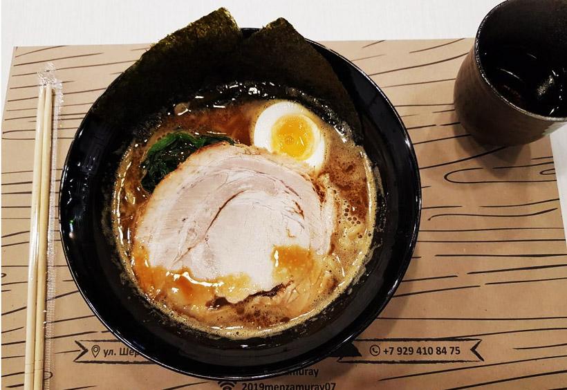 日本の方が営業している『麺侍』というラーメン店