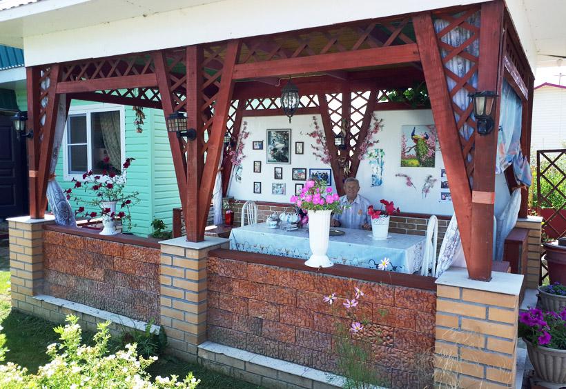 ハバロフスク郊外のダーチャの夏の家