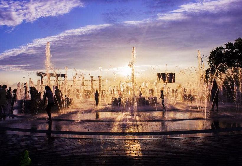 スタジアムの噴水広場