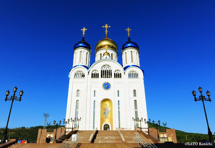 もうひとつ大きなロシア正教会である降誕大聖堂