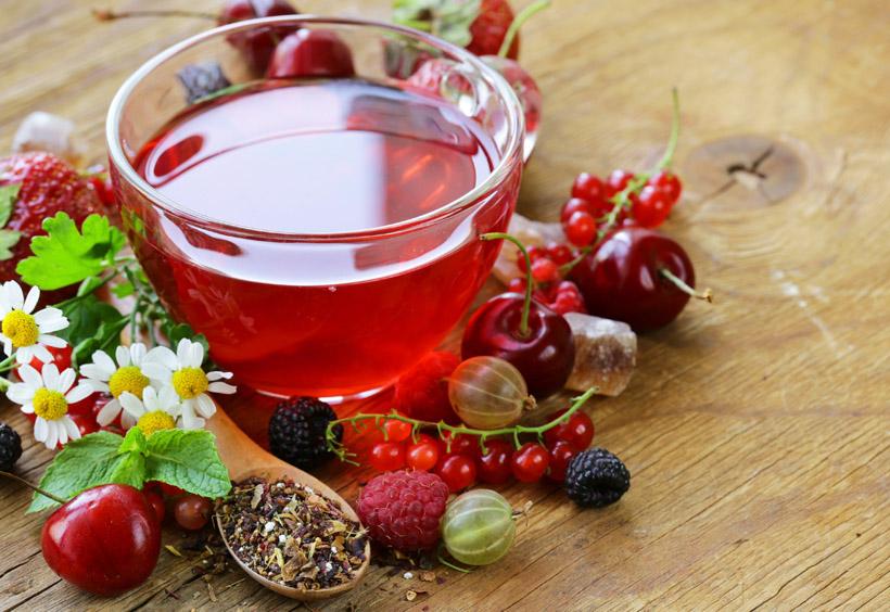 ロシア伝統の、紅茶を淹れる際に使われる茶器「サモワール」で淹れた紅茶