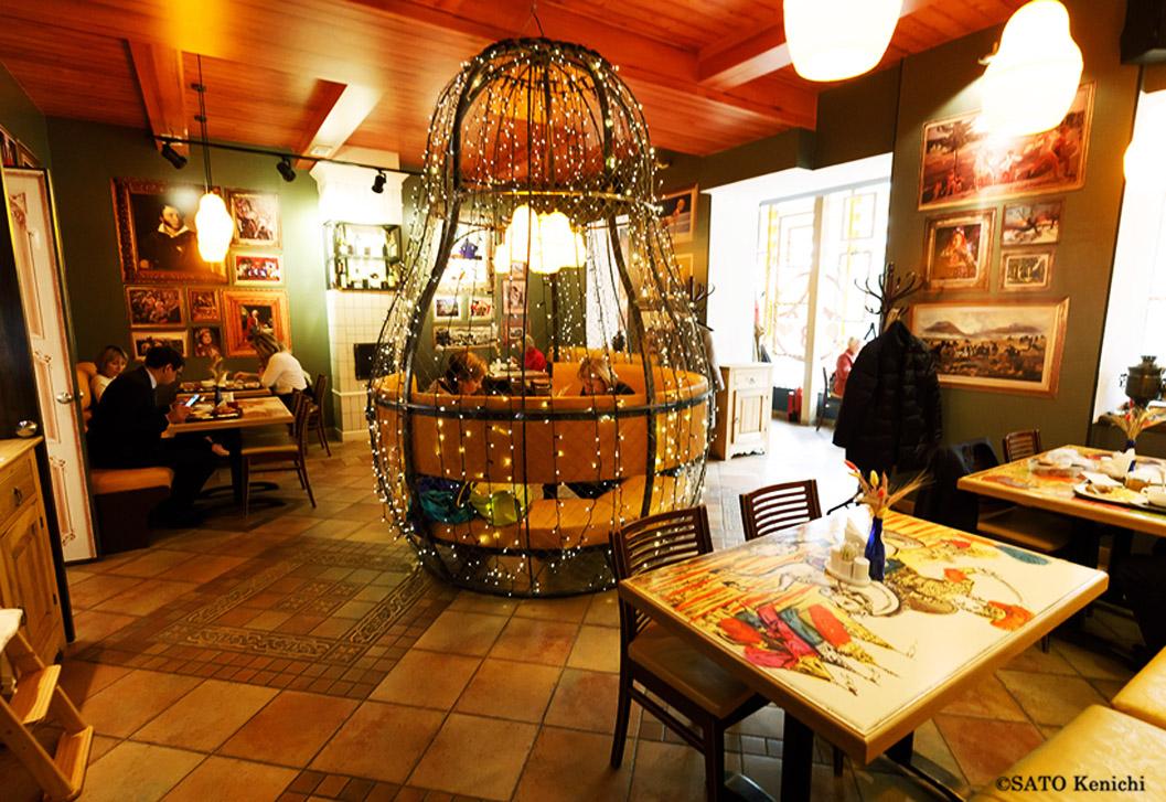 サハリンのおすすめレストラン「黒猫」&スタローヴァヤ「マル―シャ」